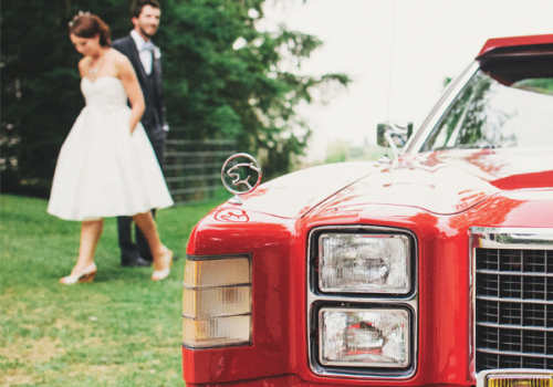 Find the perfect car to hire for bride and groom going to wedding reception